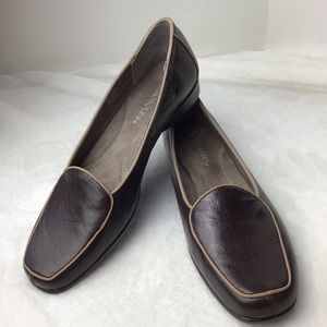 Aerosoles Brown Leather Loafers Size 8